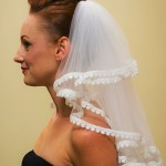 lace trim mid-back length veil side